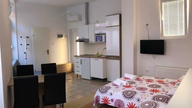 apartments and rooms nardin piran