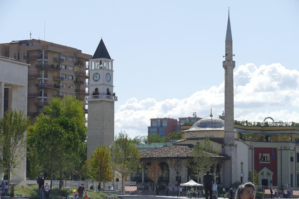 Hoteli Albanija