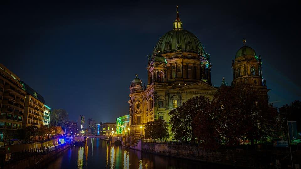 Hoteli Berlin