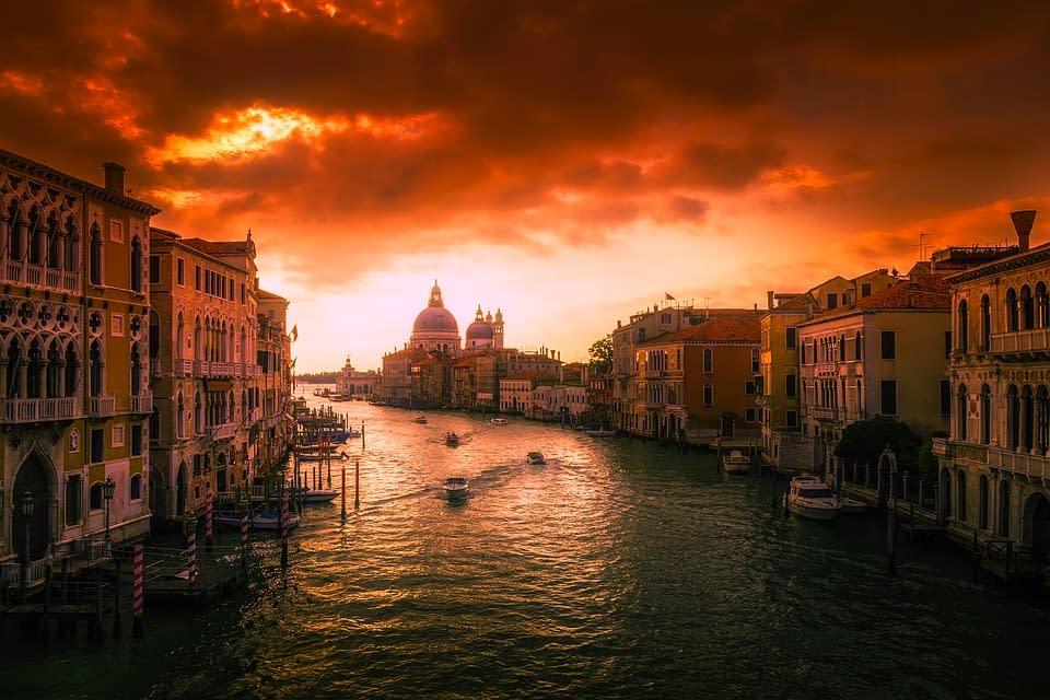 Hoteli Venecija