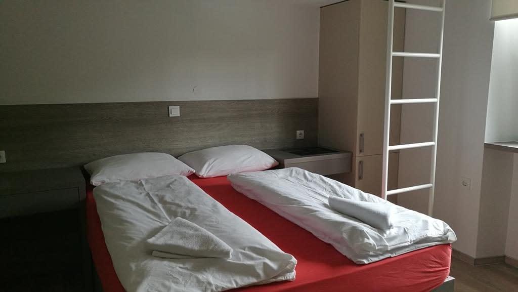 sobe ambrožič ljubljana