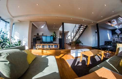 apartman penthouse festina lente