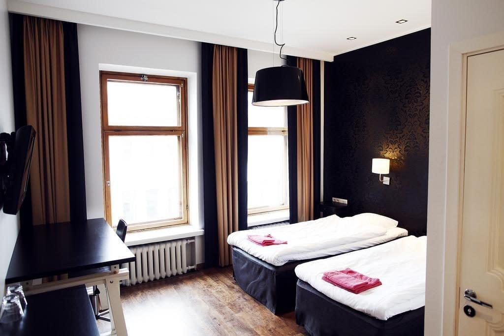 hotel finn helsinki, hotel finn to helsinki airport, hotel finn helsinki breakfast